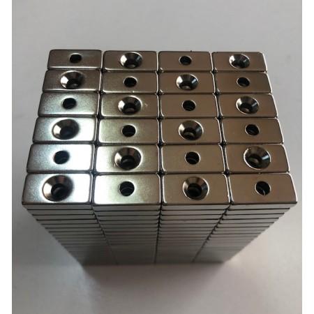 En 20mm X Boy 10mm X Delik çap 8/4 X Kalınlık 5 mm Neodymium Magnet  (havşadelik)