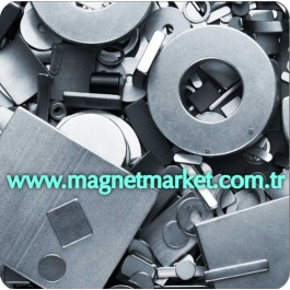 Boy 15mm X En 8mm X Kalınlık 1,5mm Neodymium Magnet