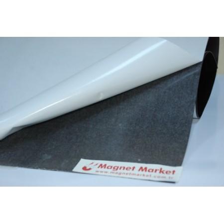 Kalınlık 0,4 mm Çıkartmalı Magnet / Ebat: 61X101 cm